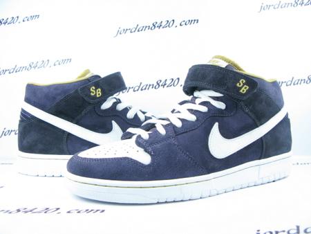 nike-sb-dunk-mid-premium-navy-blue-white-1